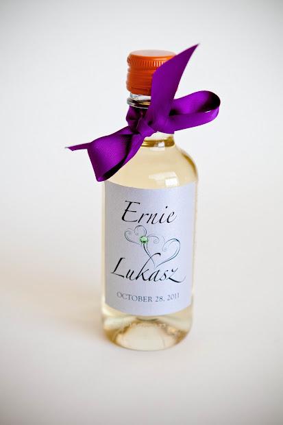 Kindly . Design' Wedding Favors Wine