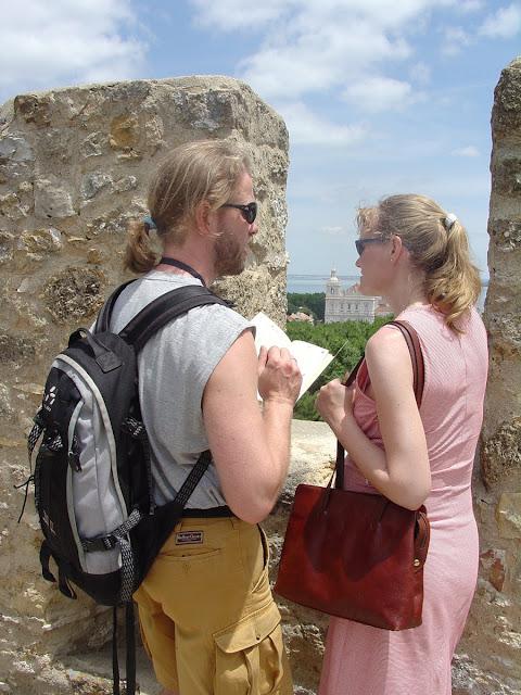 Cara Memilih Tas Traveling Yang Tepat