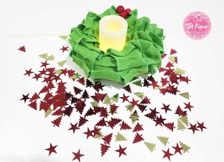 Manualidades en navidad corona de adviento con tela - Manualidades de navidad en tela ...