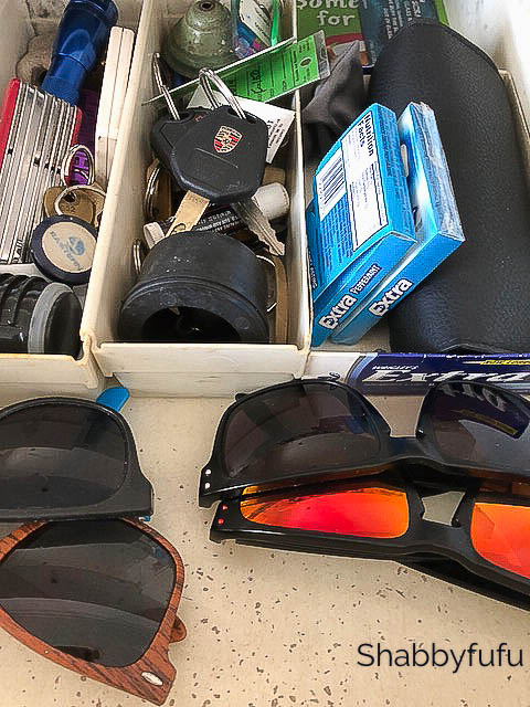 junk-drawer-men