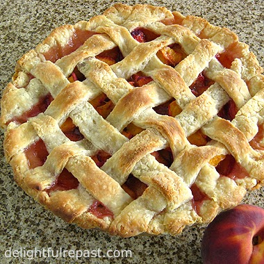 Peach Pie with Lattice Crust / www.delightfulrepast.com