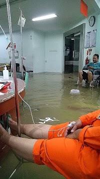 Eko Kuntadhi Sebar RS Omni Kebanjiran Sampai Dalam, Eh Ternyata...