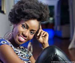 You have a very nice back looking- Fans to Mzvee