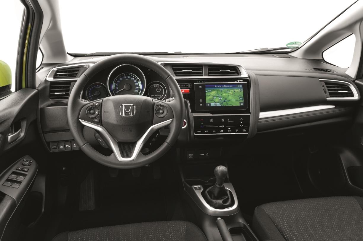 Honda%2BJazz 5 Η τρίτη γενιά του Honda Jazz ήρθε ακόμα πιο πρακτική και «εξυπνότερη»