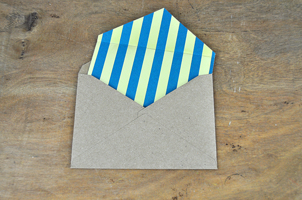 Father's Day Lined Envelopes by Jen Gallacher from www.jengallacher.com #linedenvelope #fathersday #jengallacher #card