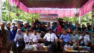 KWT Mama Ceria Ringan-Ringan Dinilai Kementrian Lingkungan Hidup Pada Program Kampung Ikllim