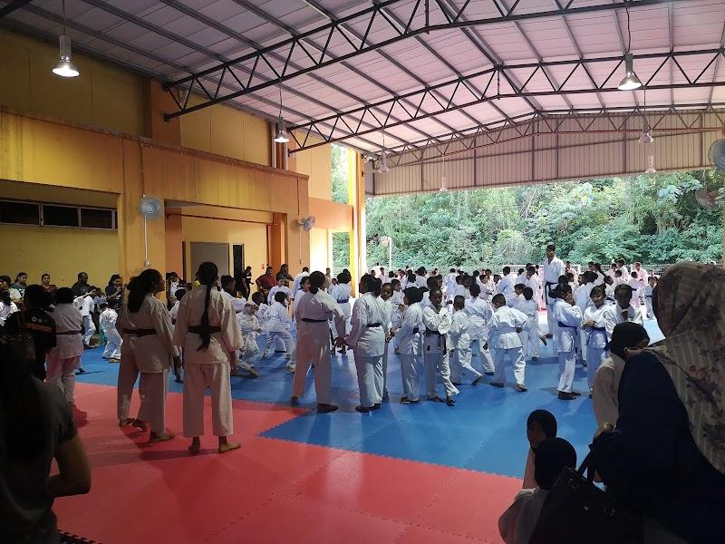 Karate Grading Day Aina dan Auni