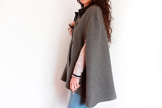 como-hacer-un-abrigo-capa-con-cuello-camisero