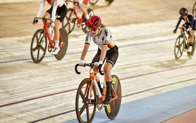 """الالمانية """"سيمون """" تتوج بأول ذهبيات مونديال الدراجات بالقاهرة"""