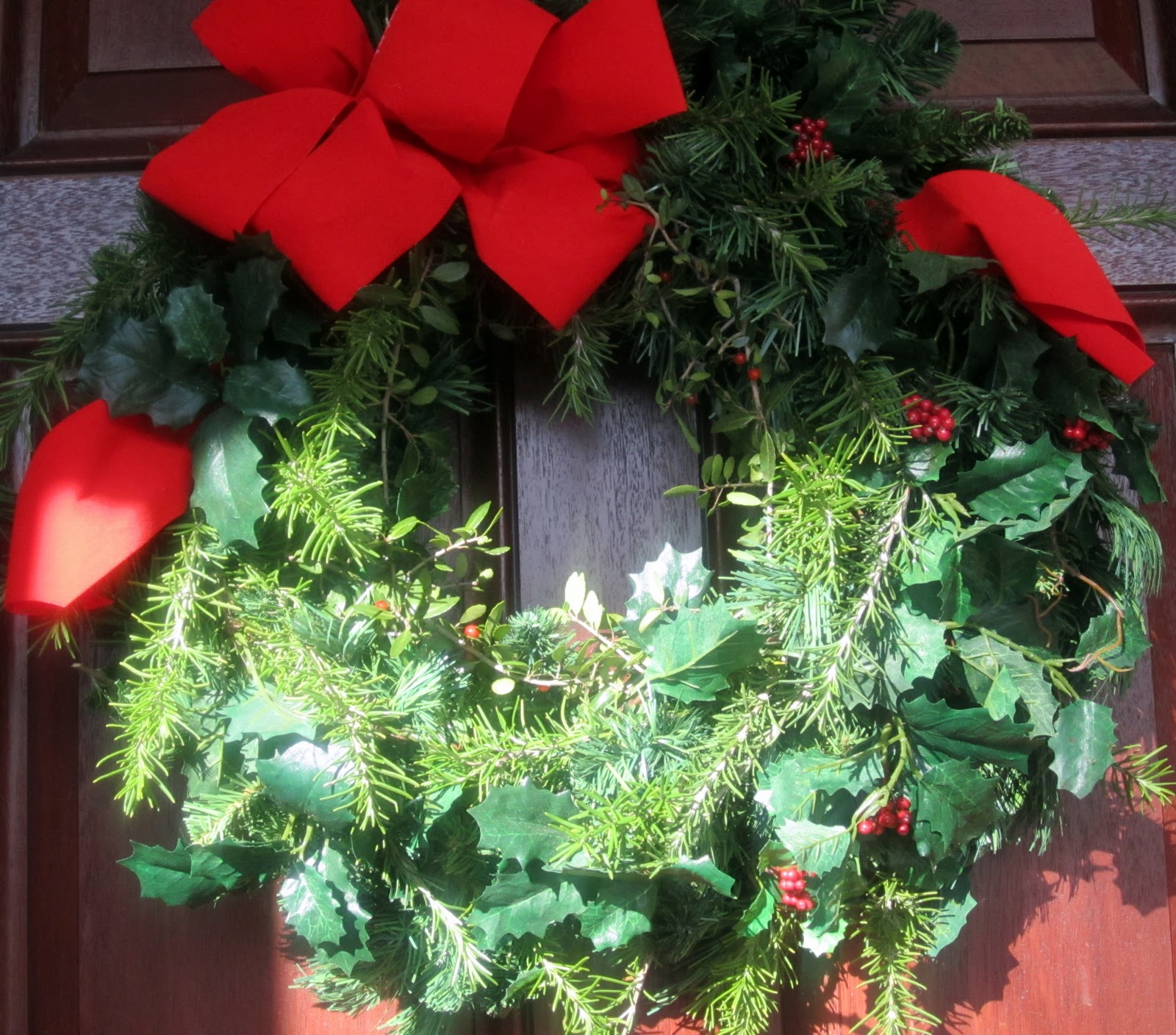 Artificial Christmas Wreath 14