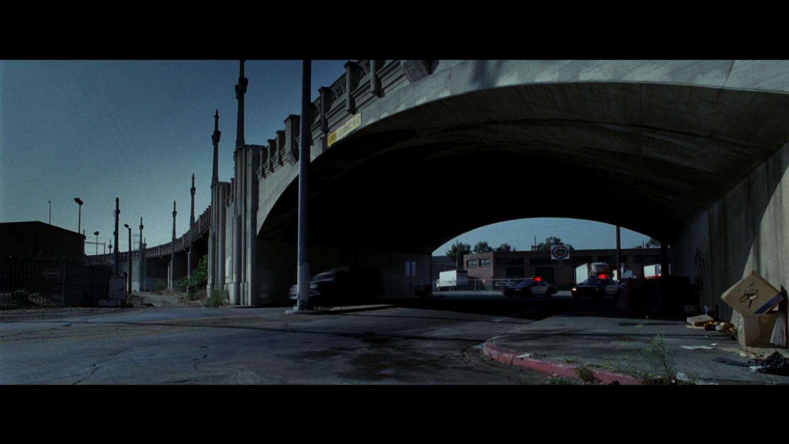 Terminator 3: La Rebelión de las Máquinas (2003) BRRip 720p Latino-Ingles captura 2