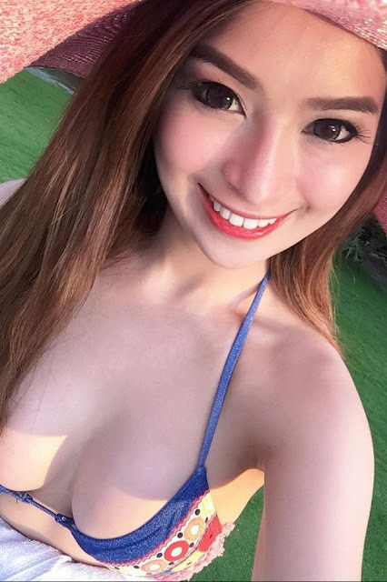 Hot and sexy photos of beautiful busty asian hottie chick Pinay booty model Rizza Mae Degala Cruz photo highlights on Pinays Finest sexy nude photo collection site.