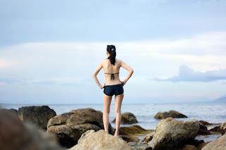 Femme, mer et ciel