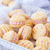 MELTING MOMENTS COOKIES WITH RASPBERRY BUTTERCREAM