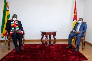 Nyusi e Manangagwa reforçam cooperação no domínio da segurança entre Moçambique e Zimbabwe