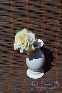 Белая роза из холодного фарфора.