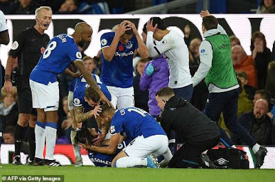 Andre Gomes Injured, Leg Breaks, Players Devastated (Photos)