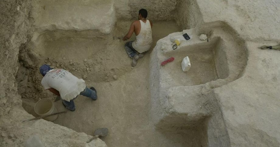 Unique rock-carved steam bath discovered at Mayan city of Nakum in Guatemala