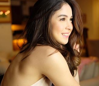 Julia Barretto Is Reconciling with Her Father: 'Siyempre mahal ko pa rin yung tatay ko.'
