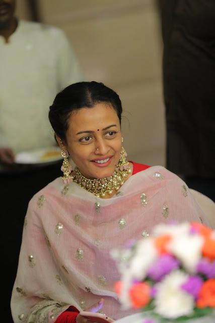 Namrata Shirodkar Heavy Kundan Choker