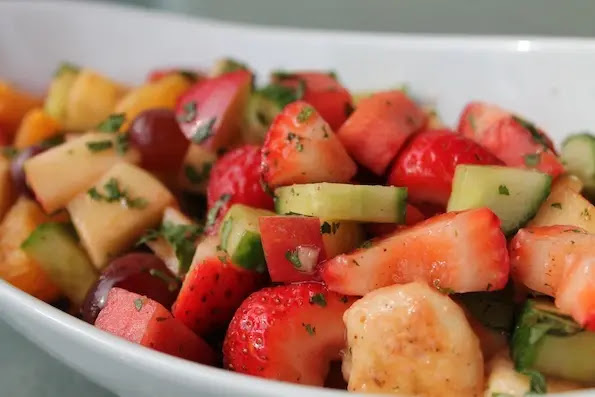 Easy to make healthy fruit chaat at home