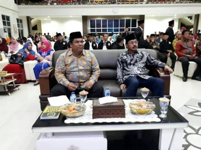 Gubernur Kepri Nurdin Basirun Dinobatkan Sebagai Mamak Rang Piaman