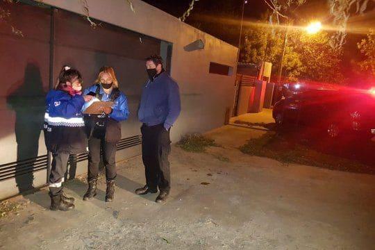 Desarticulan dos fiestas clandestinas en La Plata y en una hubo incidentes