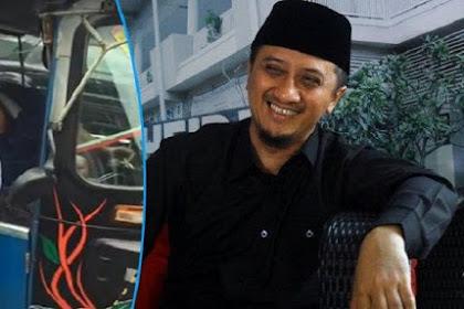 Pertemuan Mengharukan Ustadz Yusuf Mansur Dan Supir Bajaj. Di Dalam Bajajnya Ada Benda Ini Saat Ikut Aksi Damai 212