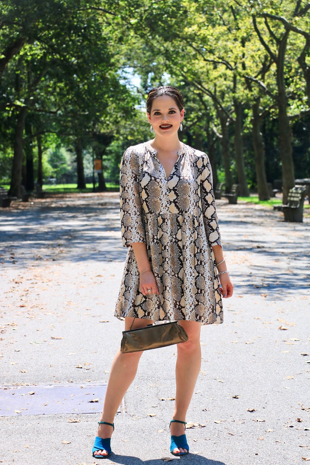 Nyc fashion blogger Kathleen Harper wearing a cute fall dress from Anthropologie.