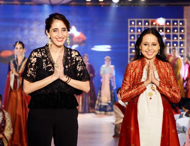 Farah Khan Ali & Anju Modi at the Archana Astitwa Awards 2017