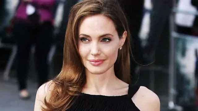 Hottest Hollywood Actress In 2021