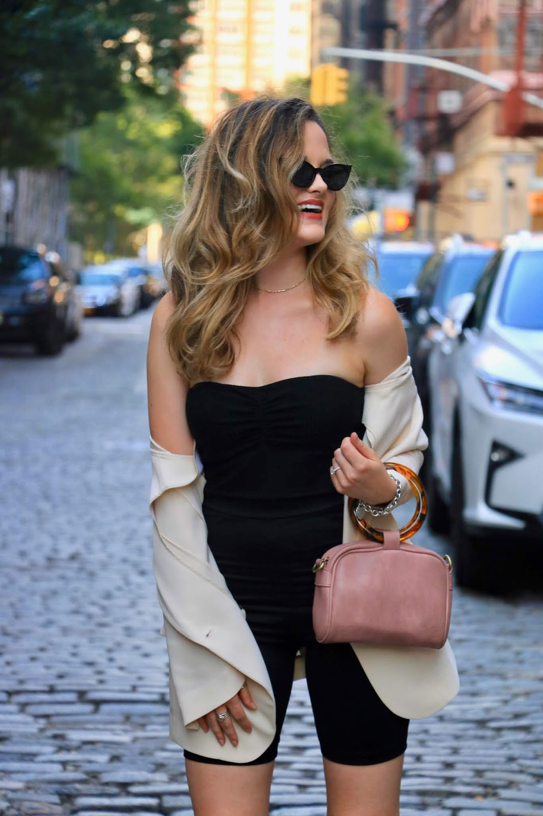 Nyc fashion blogger Kathleen Harper's hot girls summer pic.