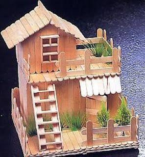บ้านไม้ไอติมมีระเบียง