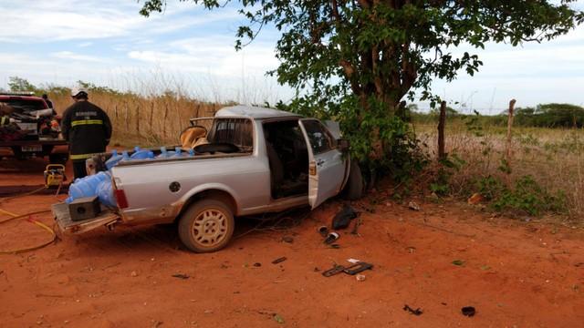 Idoso de 67 anos morre após colidir carro com árvore na zona rural de Mossoró, RN