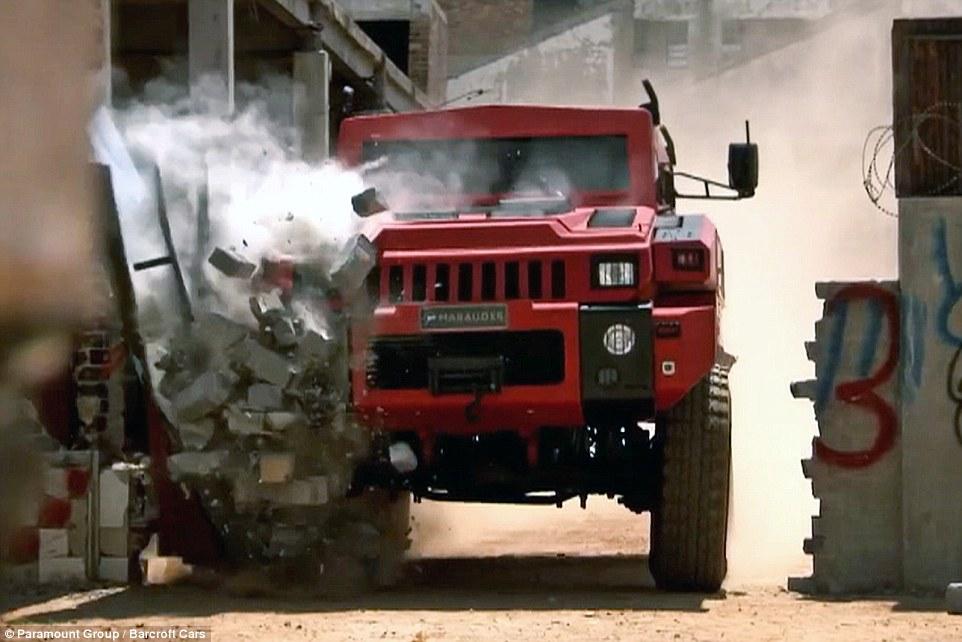 Το ισχυρότερο όχημα στον κόσμο: Περνάει μέσα από τοίχους και πάνω από νάρκες
