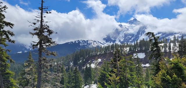 Beautiful view of Mt. Shuksan