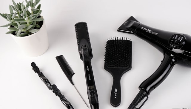 Black color comb kept on a table