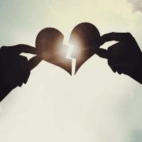 Ayrılık Acısını Atlatmak için 6 Faydalı Öneri