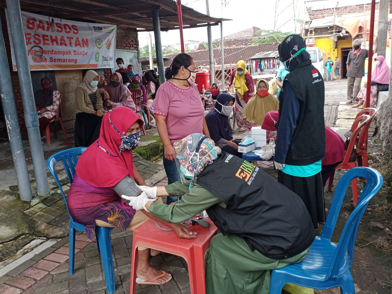 Pasca Banjir, BMH - KAB Gelar Pelayanan Kesehatan Gratis di Genuk