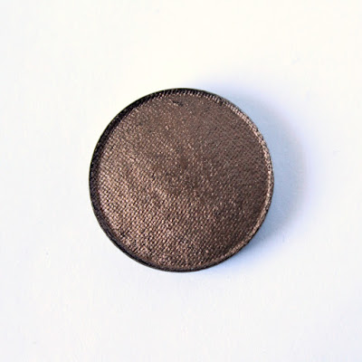 "REVIEW | Johnny Concert Pro Amplified Eyeshadow Refill in ""Coffee or Die"""