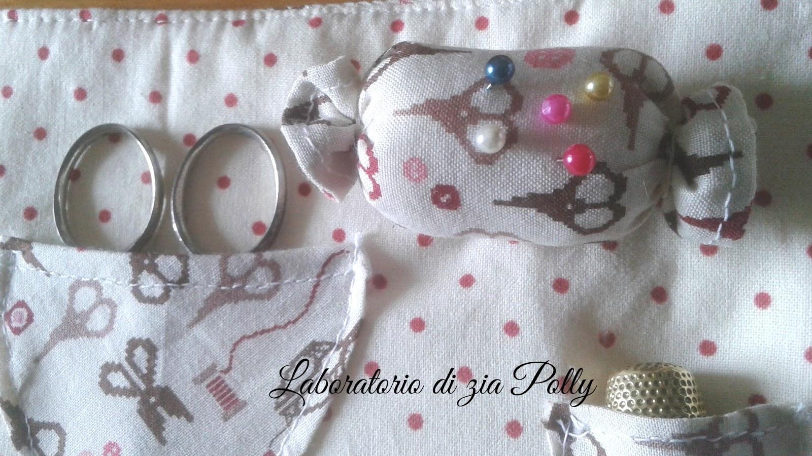 Laboratorio di zia Polly: ♥ Porta set-cucito da viaggio ...