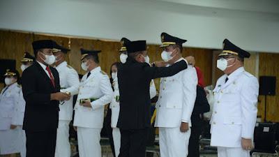 Sah, Gubsu Lantik Bupati dan Wabup Samosir Vandiko Gultom dan Martua Sitanggang