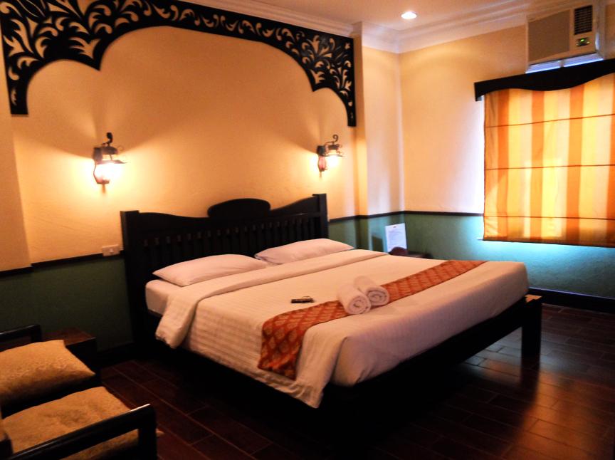 Hotel Rooms Inside Disneyland Park
