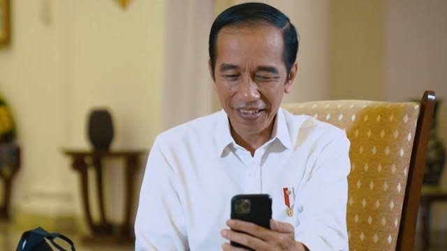 Peristiwa Besar Terjadi Bersamaan, Jokowi Kembali Diingatkan soal 'Kudeta Merangkak'
