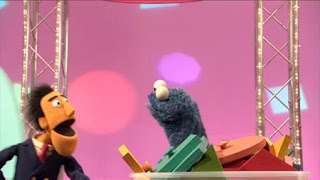 Guy Smiley hosts Make it Fit! Cookie Monster, Sesame Street Episode 4410 Firefly Show season 44
