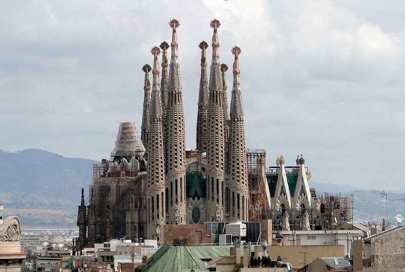 Sagrada Familia, Barcelona, Spain - Top 20 Spots to See in Europe