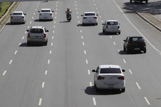 IPVA com 5% de desconto vale até este mês para veículos com placas de final 1 e 2