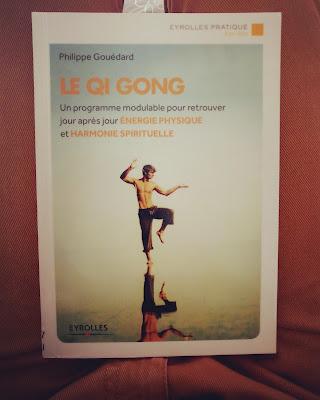 Le Qi Gong Un programmemodulable pour retrouver jour après jour énergie physique et harmonie spirituelle.