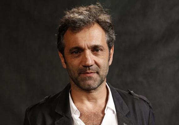 AOS 54 ANOS:  Morre ator Domingos Montagner após se afogar em rio