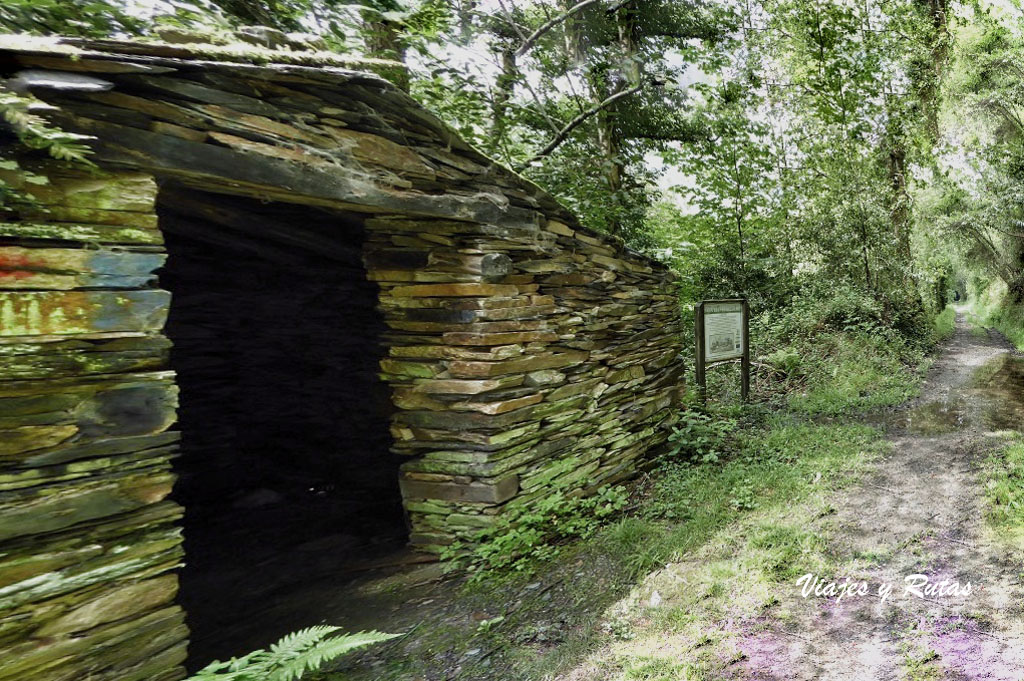 Caseto de la vía verde del ferrocarril